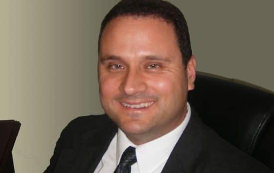 Dr Sam Vallini